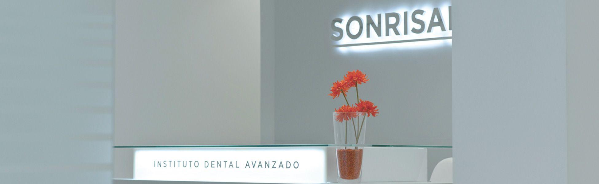 Clinica-sonrisalud-01