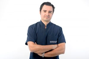 Doctor-Cirujano-sonrisalud