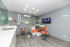 clinica-dental-pamplona-Sonrisalud
