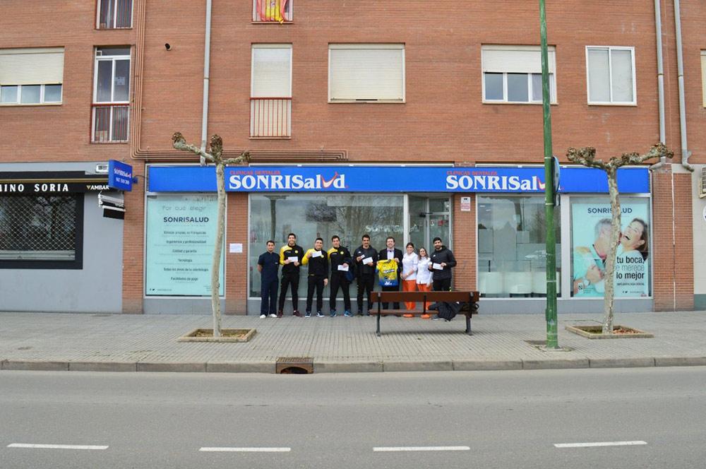 Sonrisalud renueva el patrocinio 2019-2020 con el Club Balonmano Villa de Aranda