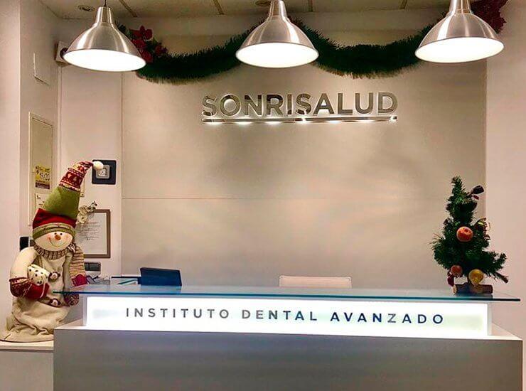 Recogida de alimentos y juguetes en Clínicas Dentales Sonrisalud